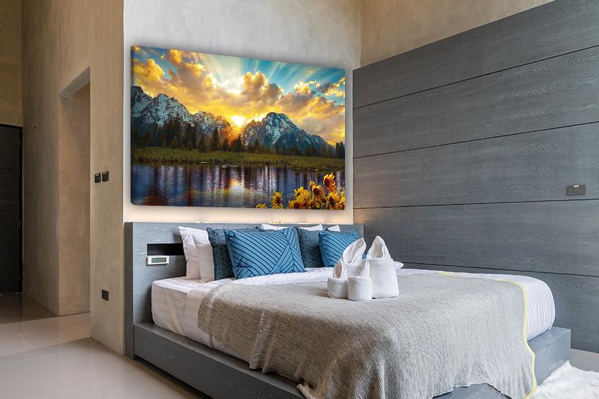 obraz górski na ścianie